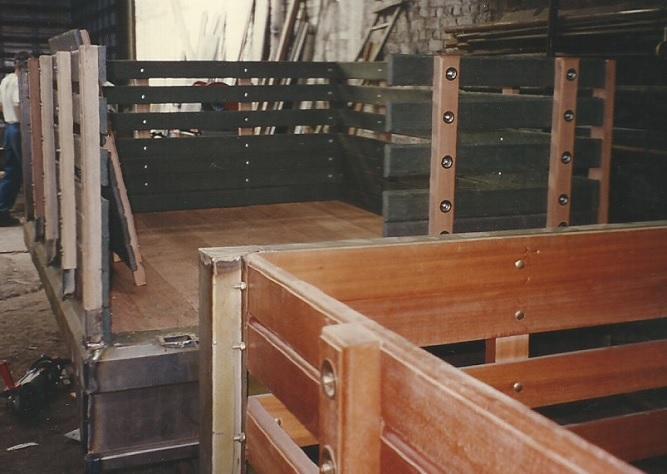 carrocera en madera carroceras en maderas plsticas maderplast madera plstica maderplast carros en madera fina carroza