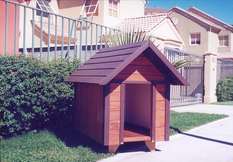 Casa pl stica para perros im genes de casa pl stica para - Casa de perro grande ...