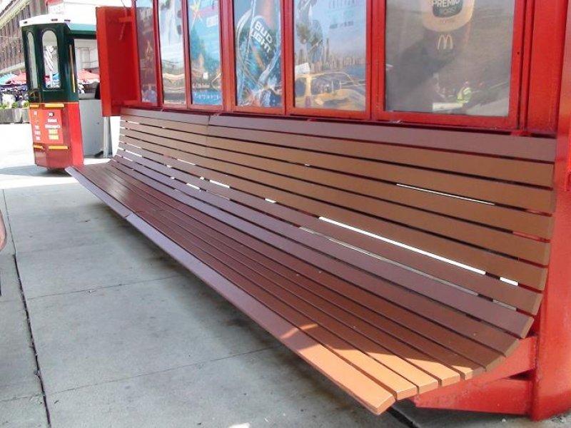 Puentes y senderos plasticos for Mesas y sillas de madera para exterior