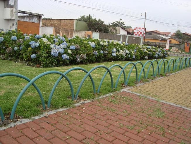 Cerramientos para piscinas cercados perimetrales - Verjas para jardin ...