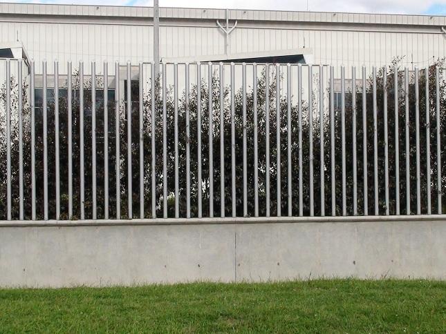 Cerramientos para piscinas cercados perimetrales - Cerramientos de plastico ...