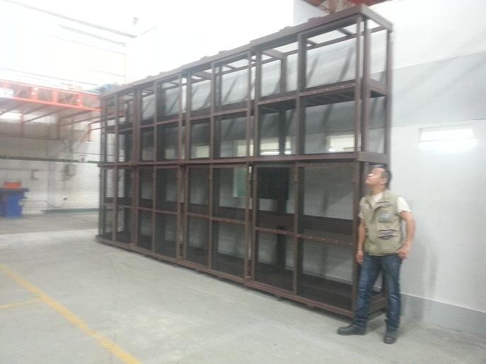 Contenedores estanterías para líquidos peligrosos ventilados 31 maya