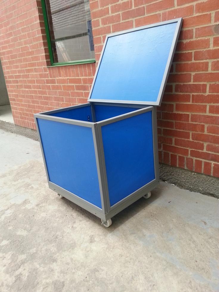 45 contenedores cajones cajas shelters refugios cajillas for Cajas plasticas con ruedas