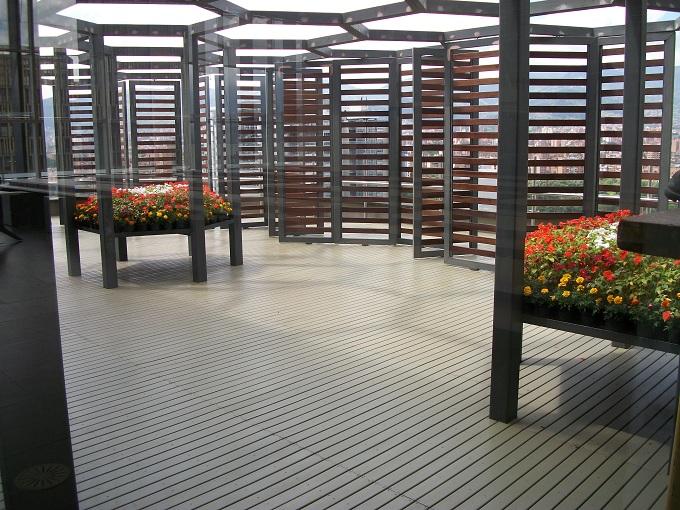 Decks pisos terrazas pisos flotantes madera pl stica for Modelos de ceramicas para terrazas