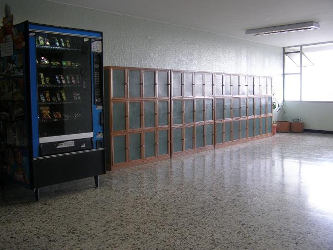 Baño Turco Definicion:Locker plásticos Casilleros plásticos Diversidad Vestieres Puertas