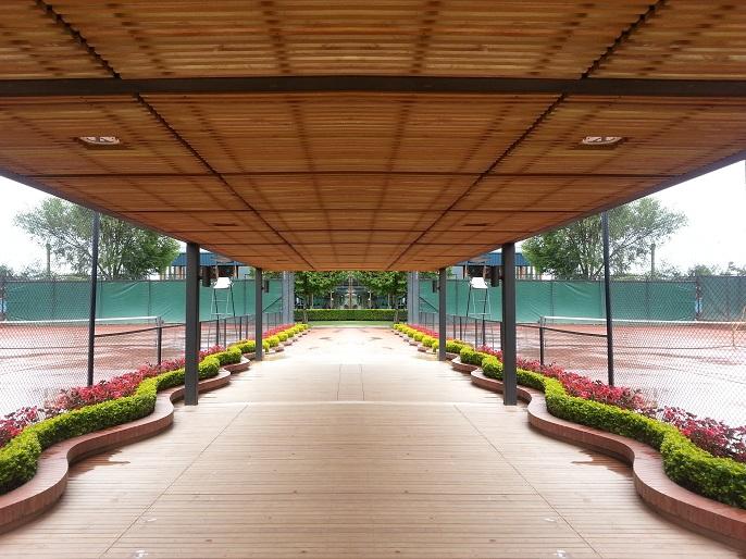 Pergolas techos cubiertas cielorraso de madera teca for Techos redondos fotos