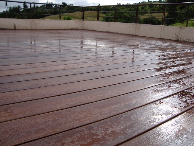 Pisos de madera exterior ingenieria tarima de madera 67 for Madera ipe exterior