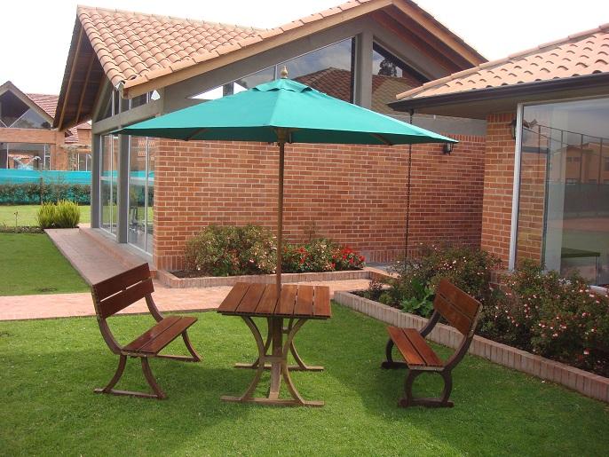 Muebles campestres para exteriores o interiores for Jardines rusticos campestres