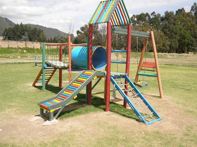06 parques juegos infantiles en pl stico - Parque infantil casa ...