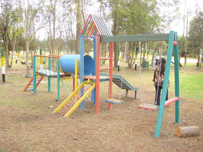 Como hacer columpios de madera columpio hamaca jardin - Como hacer un parque infantil ...
