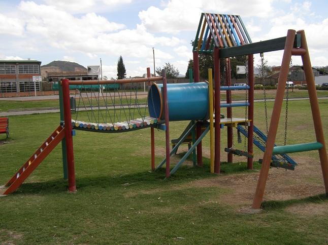 06 parques juegos infantiles en pl stico - Construir parque infantil ...