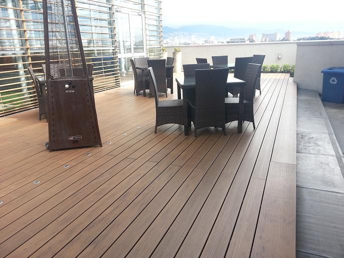 Pisos decorativos madera pl stica finas maderas de exteriores - Maderas para exteriores ...