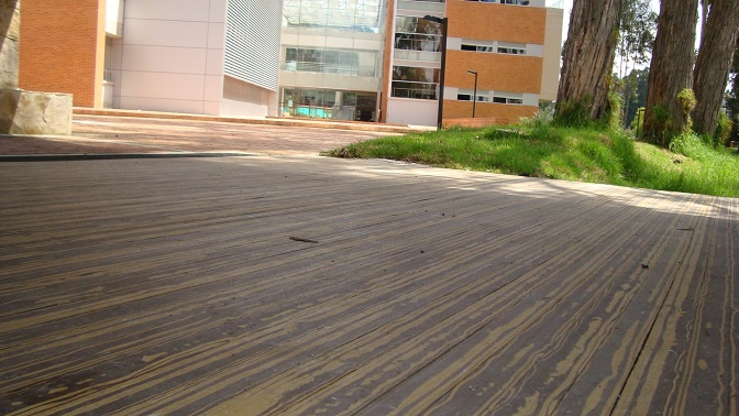 Pisos decorativos madera pl stica finas maderas de exteriores - Maderas tropicales para exterior ...