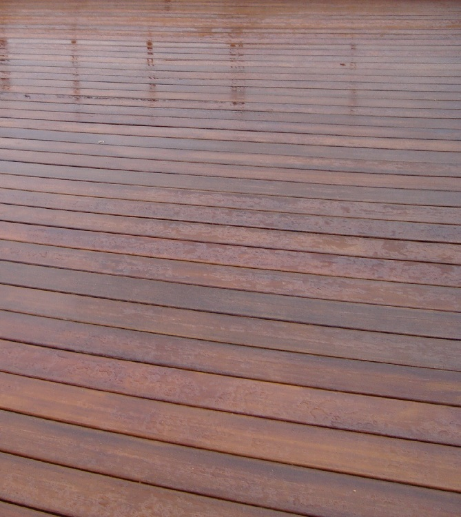 Pisos decorativos madera pl stica finas maderas de exteriores - Madera tratada para exterior ...