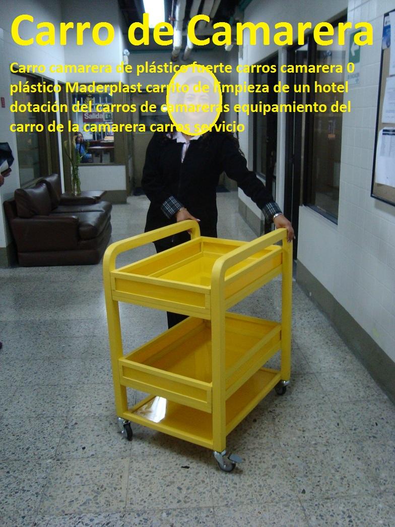 de limpieza de un hotel dotación del carros de camareras equipamiento