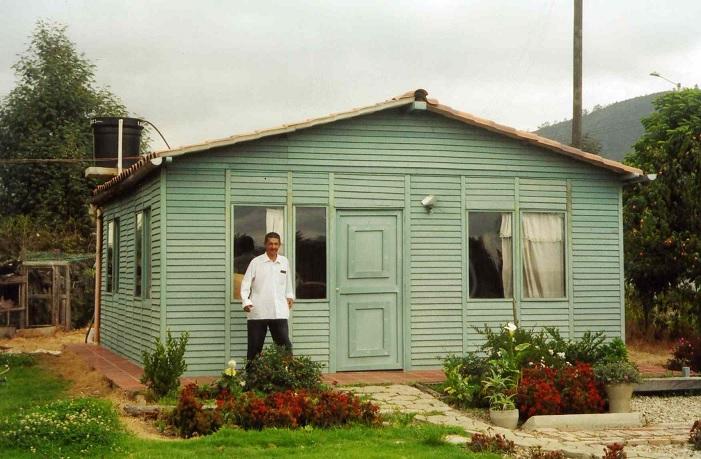 Casas campamentos prefabricados casetas m viles quioscos for Como construir una alberca paso a paso