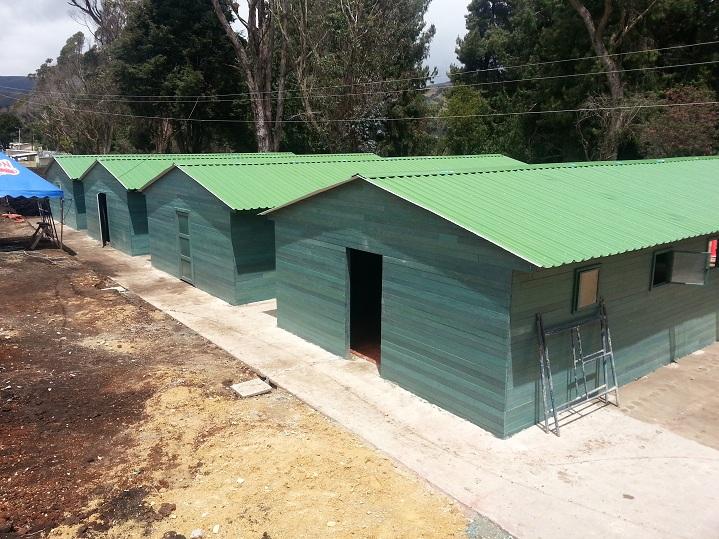 Casas prefabricadas campamentos prefabricados casetas for Casetas metalicas prefabricadas