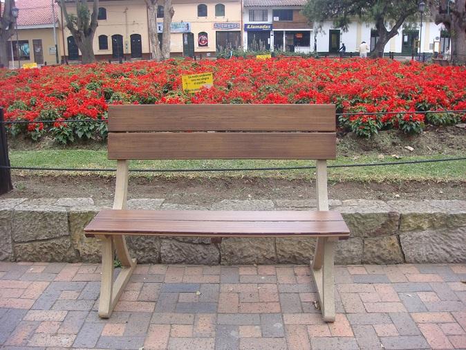 38 madera pl stica maderplast perfiles maderas inmunizadas - Mesas y sillas de plastico ...