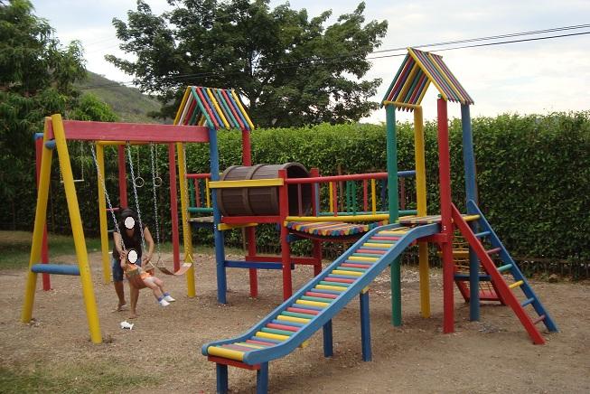 30 muebles campestres muebles para exteriores interiores - Parque infantil casa ...
