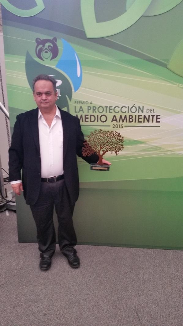 PREMIOS GANADOS POR LA PROTECCIÓN AL MEDIO AMBIENTE OTORGADO POR CARACOL  PREMIOS GANADOS POR LA PROTECCIÓN AL MEDIO AMBIENTE OTORGADO POR CARACOL