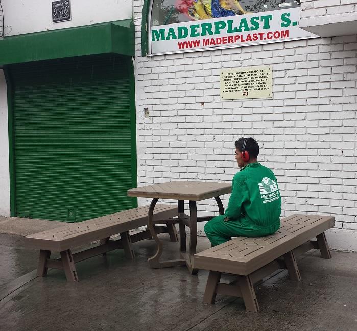 43 Carpintería Ebanistería maderas plásticas WPC muebles taller ...